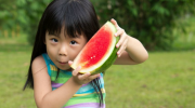 Is fruit juice better than eating fruit for kids?