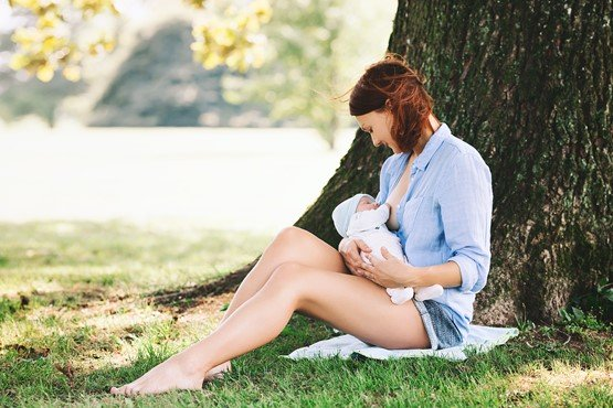 Breastfeeding in warm weather